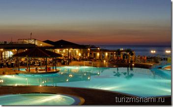 присмотреться на Крите к отелю Nana Beach