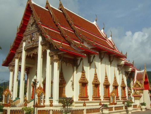 посмотреть храмы на пхукете