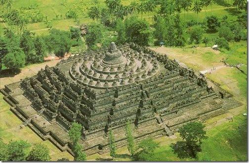 Храм Боробудур на острове Ява