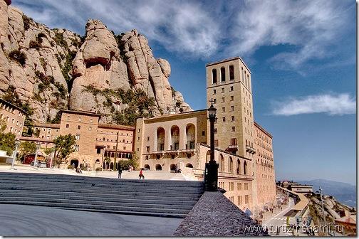 Монастырь Монсеррат в Каталонии