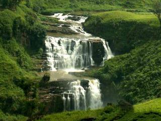Водопад на Шри Ланке