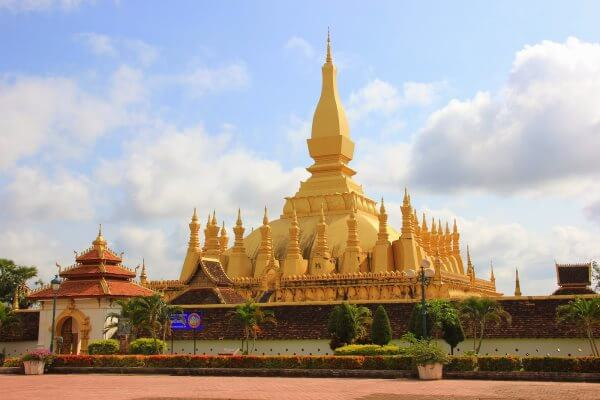 Фото: резиденция Пха Тхат Луанг